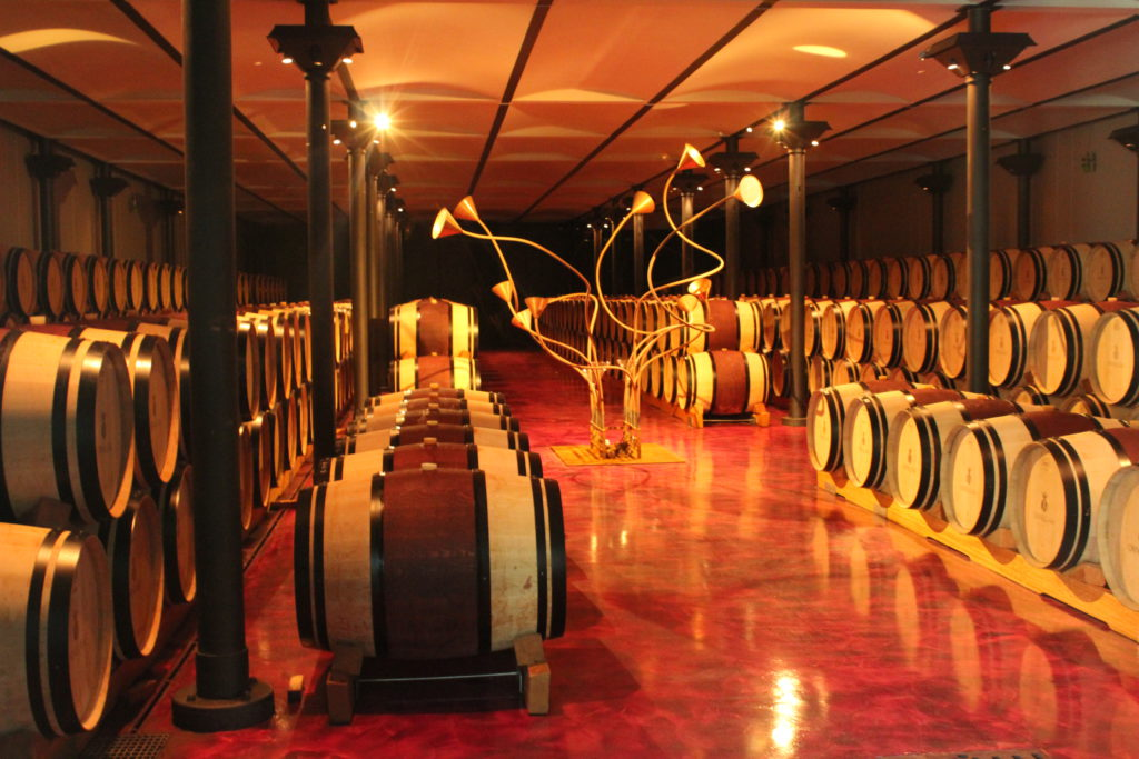 Винодельня Орнеллайя (Ornellaia) в Болгери